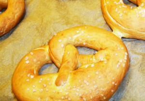 Brezn selber machen – Brotzeit-Rezept fürs Oktoberfest