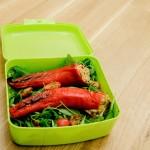 Gefüllte Spitzpaprika auf einem Blattsalat von Krimskrams & andere Kleinigkeiten.